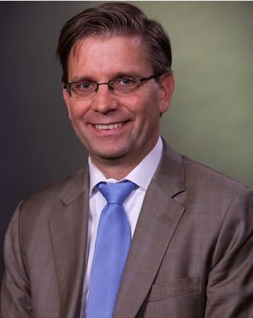 Dr. Kristofer Smith